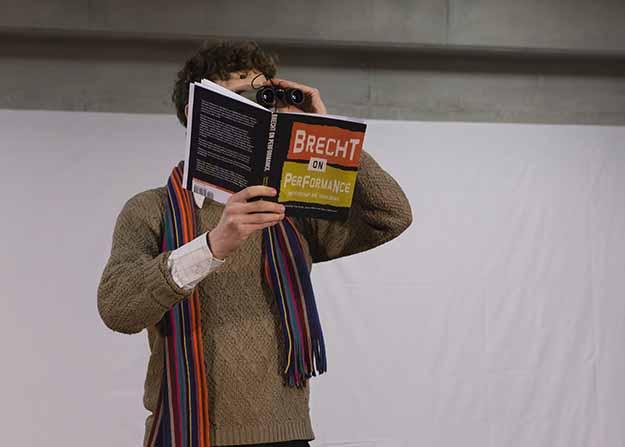 Brecht performance